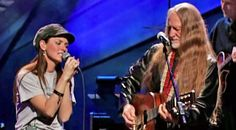 To celebrate Willie Nelson's 70th birthday, singers from all different genres came together for an incredible night of music. Elvis Costello, Norah Jones...