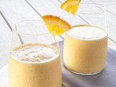Orange dream Vanilla protein shake 1/2 C 100% OJ 1/2 C water 1/2 grated orange peel