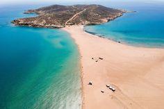 Rhodos Sehenswürdigkeiten ☀️ Die Top 12 | Urlaubsguru Strand, Greece, Beach, Water, Travel, Outdoor, Acropolis, Earth Quake, Ruins