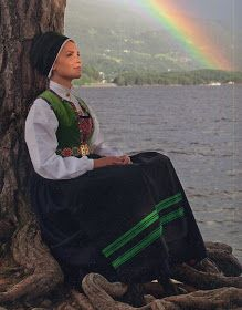 Hello all, Today I will cover the last province of Norway, Hordaland. This is one of the great centers of Norwegian folk costume, hav. Folk Costume, Costumes, Ethnic Fashion, Traditional Outfits, Norway, Scandinavian, In This Moment, Grand Canyon, Travel