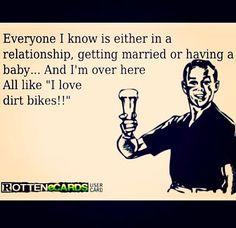 i like dirt bikes Motocross Wedding, Dirt Bike Wedding, Dirt Scooter, Dirt Bike Racing, Dirt Biking, Motocross Quotes, Motocross Love, Pit Bike, Dirtbikes