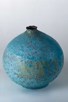 raku pottery image | Mary-Kenny-raku-fired-vase7