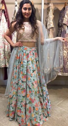 Indian Gowns Dresses, Indian Outfits, Floral Lehenga, Choli Dress, Indian Designer Suits, Indian Lehenga, Lahenga, Crop Top Outfits, Indian Couture