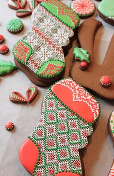 Stuffable Stockings, needlepoint, piping with royal icing, royal icing, Julia M Usher, Recipes for a Sweet Life