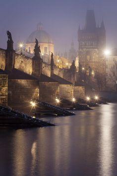 Charles Bridge, Prague, Czech Rep
