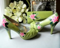 green custom painted shoes on offbeat bride