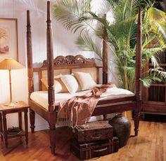 I Want This Mahogany Bed!