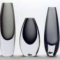 Art Of Glass, Clear Glass, New Technology Gadgets, Grey Glass, Glass Boxes, Perfume, Modern Glass, Opaline, Mid Century Design