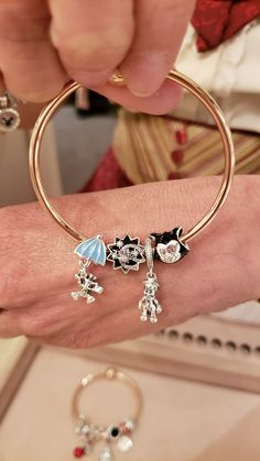 >>>Pandora Jewelry OFF! >>>Visit>> Gorgeous New Pinocchio And Snow White Pandora Collections Fashion trends Fashion designers Casual Outfits Street Styles Disney Pandora Bracelet, Pandora Bracelets, Pandora Jewelry, Sterling Silver Bracelets, Disney Princess Jewelry, Disney Jewelry, Cute Jewelry, Charm Jewelry, Piercing