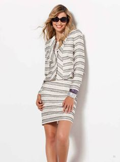 Traje a rayas blanco y negro, 100% en tendencia. --- Suit with black and white stripes,100% fashion