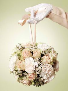 My bridesmaids will hold something like this. :)