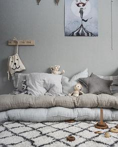 99 vind-ik-leuks, 8 reacties - Viktoria Holmgren (@baravickan) op Instagram: 'Kidsen sover, känner själv att jag inte är långt borta Haft en toppendag iallafall så vi kommer…'