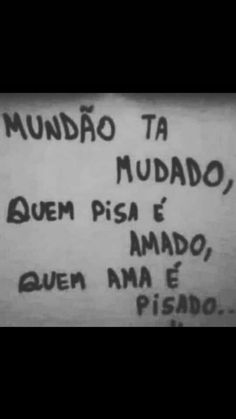 é bem isso... Bad Quotes, Life Quotes, Truth Of Life, Sad Girl, Sentences, Texts, Books To Read, Reflection, Mindfulness