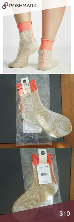 Free People Candice Lurex gold coral socks NWT Brand new with tags  Shimmery anklet with a semi-sheer, stretchy fabrication. Contrast detail at the top with a slouchy rolled design. Subtle stripe details on the heel. 49% Rayon 26% Polyester 14% Metallic 10% Nylon 1% Spandex Hand Wash Cold Import  NO TRADES  PRICE IS FIRM Free People Accessories Hosiery & Socks