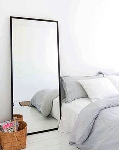 Bedroom Interior Design Trends for THIS YEAR! Tags: bedroom interior design bedroom interior colour, bedroom interior design ideas bedroom interior design, bedroom interior paintings…More Bedroom Interior Colour, Interior Design 2017, Home Decor Bedroom, Interior Design Living Room, Diy Home Decor, Design Bedroom, Bedroom Ideas, Interior Painting, Minimalist Mirrors