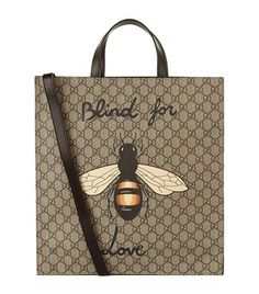GUCCI Bee Blind Logo Tote. #gucci #bags #canvas #tote #leather #lining #shoulder bags #linen #hand bags #cotton #