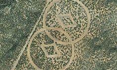 Amerikan hıristiyanlarının gizemli tarikatı Scientology Kilisesi'nin New Mexico çölünde inşa ettiği yabancı uzaylılar için yapılan tapınak deşifre oldu. Ünlü Hollywood yıldızı Tom Cruise'nin üyeliğiyle tanınan Scientology Kilisesi'nin kurucusu L Ron Hubbard, dünya dışı uğursuz bir imparatorluk olan...      Kaynak: http://www.kartal24.com/2013/01/page/27/#ixzz2IY6BlRIa