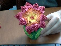 How to make 3d origami rainbow flower