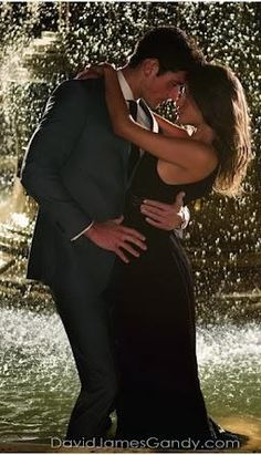 Romance in the Rain Prom Pictures, Couple Pictures, Engagement Pictures, Engagement Shoots, Couple Photography, Engagement Photography, Couple Goals Cuddling, Classy Couple, Hopeless Romantic