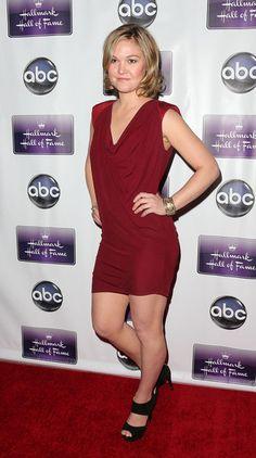 "Julia Stiles Photos - Premiere Of Disney ABC Television & The Hallmark Hall Of Fame's ""The Makeover"" - Arrivals - Zimbio"
