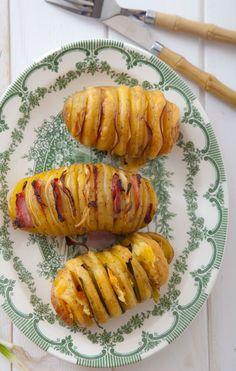 Pieczone ziemniaki z niespodzianką Low Carb Recipes, Baked Potato, Dom, Sausage, Grilling, Food And Drink, Potatoes, Eggs, Meat