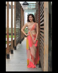 Saree Gown, Popular Actresses, Latest Designer Sarees, Indian Celebrities, Saree Collection, Hottest Models, Beautiful Actresses, How To Look Pretty, Product Launch