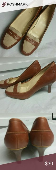 Ralph Lauren heel pumps New with no tags. Can't go wrong with this classy shoes, just adorable. Leather lining with cloth pattern. Ralph Lauren Shoes Heels
