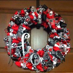 Razorback wreath