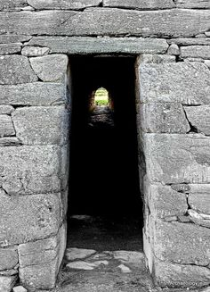 Early Christian doorway, Gallarus Oratory, Dingle, Kerry, Ireland