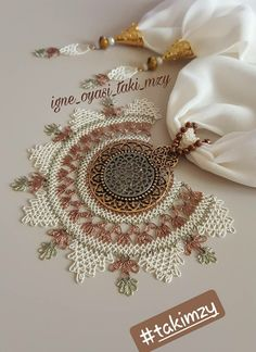 This Pin was discovered by Ayn Scarf Jewelry, Jewelry Necklaces, Helly Hansen, Needle Lace, All About Fashion, Handmade Necklaces, Hand Embroidery, Flower Arrangements, Knitting Patterns
