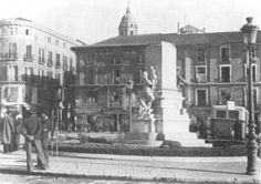 Málaga - Ayer y Hoy - Comparaciones Spain, Street View, Gift, Old Photography, Old Pictures, Black And White, Fotografia, Past Tense, Earth