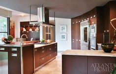 Designed by Mary Kathryn Timoney, Design Galleria Kitchen & Bath Studio; Architecture by Randall-Paulson Architects | Photo courtesy of Design Galleria Kitchen &Bath Studio | Atlanta Homes & Lifestyles |
