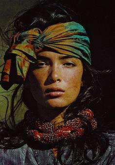 wild-storm-with-skin: Vogue US 1985 - Linda... - ridendoescherzando