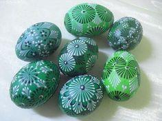 Easter Gift, Easter Crafts, Holiday Crafts, Polish Easter, Easter Paintings, Easter Egg Pattern, Egg Tree, Ukrainian Easter Eggs, Egg Designs