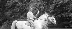 0 Curd Jurgens and Simone Bicheron riding horses