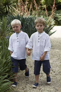 Casual wedding#wedding  #PageBoys #RingBearers... Wedding ideas for brides, grooms, parents & planners ... https://itunes.apple.com/us/app/the-gold-wedding-planner/id498112599?ls=1=8 … plus how to organise an entire wedding, without overspending ♥ The Gold Wedding Planner iPhone App ♥