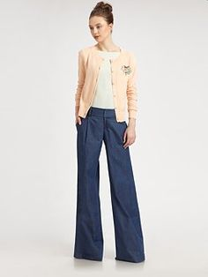 I love the color combination - crewneck cardigan, rolled-sleeve tunic top and denim pants