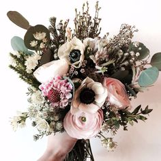 Christmas Wedding Bouquets, Simple Wedding Bouquets, Winter Wedding Flowers, Flower Bouquet Wedding, Floral Wedding, Floral Centerpieces, Floral Arrangements, Bouquet Wrap, Violets