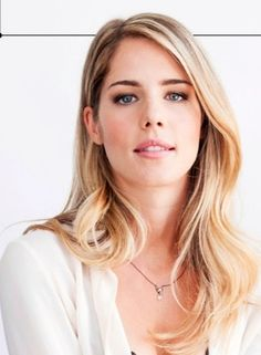 Emily Bett Rickards. AKA Felicity Smoak. ARROW :) Olicity.