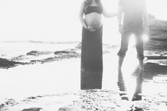 Black and white pregnancy pictures.  Vis Photography.  Sunset Cliffs San Diego.