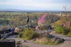 Have you seen Gettysburg, Pa. in the springtime? The town comes to life with spring blooms, warm weather and outdoor activities. #GettysburgOutdoors #GettysburgGetaway #MakeYourOwnHistory #Gettysburg #GettysburgPA #Springtime #Spring #Blooms #Outdoors