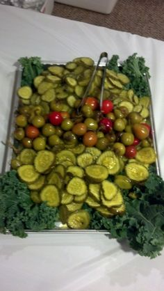 relish tray #1 Meat Appetizers, Appetizers For Party, Appetizer Recipes, Veggie Display, Veggie Tray, Crudite, Antipasto, Wedding Snacks, Tapas