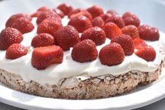 Danish Food, Pavlova, Dessert Recipes, Desserts, Tiramisu, Recipies, Cheesecake, Food And Drink, Sweets