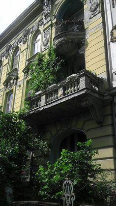 Bucharest, Croatia, Big Ben, Europe, Outdoors, Indoor, Building, Travel, Interior