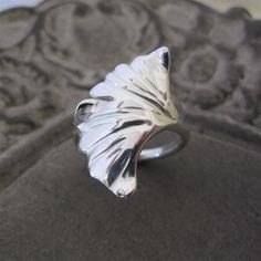 Love this Ginko leaf Ring!!