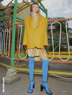 Play Pragmatist Romance - Peyton Knight by Kai Z Feng for Elle UK February 2017 - Balenciaga Fashion Shoot, Editorial Fashion, Fashion Art, Fashion Models, High Fashion, Womens Fashion, Balenciaga, Colour Blocking Fashion, Fashion Photography Inspiration
