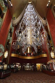 Designer Thom Filicia transforms Radio City Music Hall for Christmas.