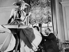 Christian Dior, 1947 #EasyNip