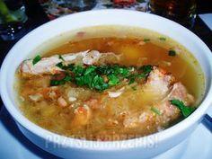 Kwaśnica na żeberku Healthy Dishes, Healthy Soup, Soup Recipes, Cooking Recipes, Polish Recipes, Polish Food, Soups And Stews, Good Food, Food And Drink