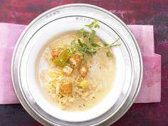 Feine Sauerkrautsuppe - mit Orangenschale und Croûtons - smarter - Kalorien: 250…
